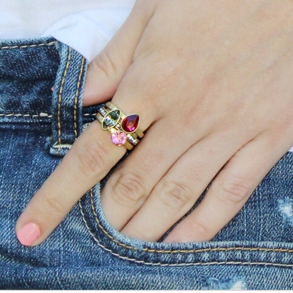 Chloe + Isabel Jewelry - Chloe + Isabel stackable Rings Set - size 7